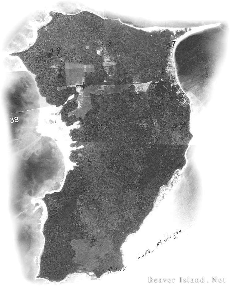 High Island 1938 Aerial.  Copyright 1999 Beaver Island.Net.  All Rights Reserved.